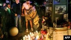 ԱՄՆ - Մոմավառություն ի հիշատակ Օռլանդոյի ահաբեկչության զոհերի, Սան Դիեգո, Կալիֆորնիա, 12-ը հունիսի, 2016թ․