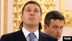 Евгений Чичваркин остался без бизнеса и без партийного кресла