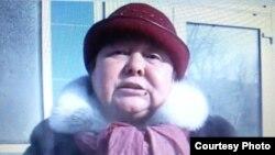 """Фатима Касенова, представитель семейского филиала незарегистрированной партии """"Алга"""". Февраль 2012 года."""