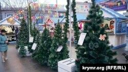 Продаж ялинок із Прикарпаття, Сімферополь