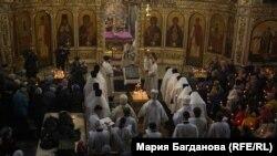 Панихида в Знаменском кафедральном соборе