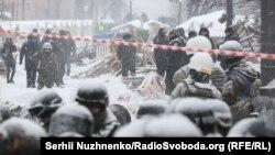 Поліція увійшла до наметового містечка під Верховною Радою, Київ, 3 березня 2018 року