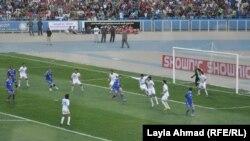 مباراة لفريقي الجوية والزوراء في ملعب الشعب الدولي ببغداد