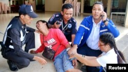 Таиланддын түштүгүндө болгон чабуулдан 30дан ашуун адам жарадар болушту.
