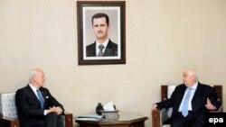 Walid al-Mullem (dr.) cu trimisul special ONU, Staffan de Mistura la Damasc