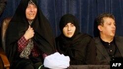 خانواده اکبر هاشمی رفسنجانی در مراسم سوگواری درگذشت او