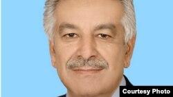 د پاکستان د دفاع وزیر خواجا اصف
