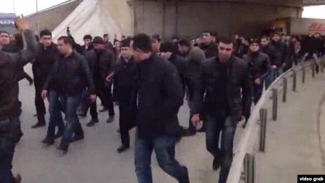 Ադրբեջան -- բողոքի ցույց Բաքվի «Բինա» առեւտրի կենտրոնում, 19 հունվարի, 2013