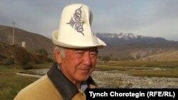Кыргыз эл жазуучусу Кеңеш Жусупов.