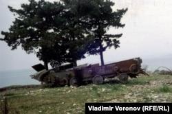 Подбитый БМП в Абхазии, 1994