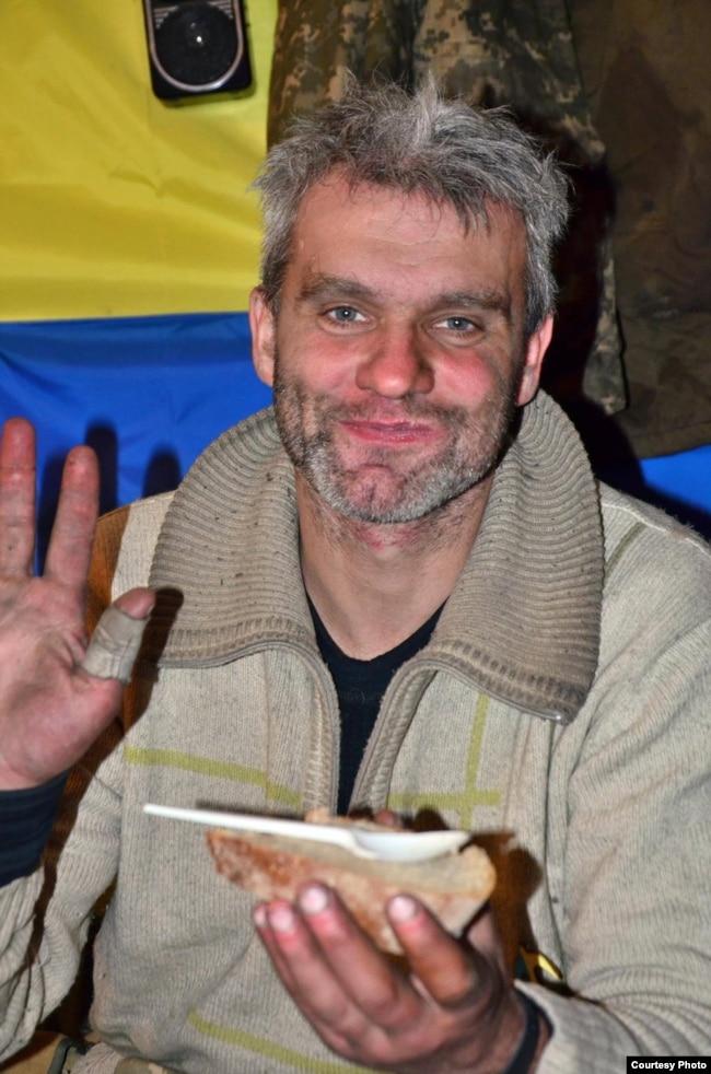 Ігор Брановицький на фронті (фото побратима Руслана Боровика). Грудень 2014 року