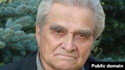Мәхмүт Әхмәтҗанов