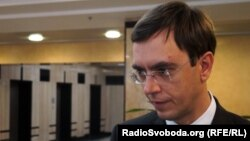 Міністр інфраструктури Володимир Омелян запевняє, що може пояснити походження усіх коштів