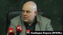 Главният прокурор Иван Гешев разпореди в петък създаването на щаб под негово ръководство, който да следи за спазването на мерките срещу разпространението на коронавируса