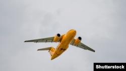 Ан-148 «Саратовских авиалиний».