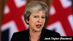 Theresa May , Böyük Britaniyanın baş naziri