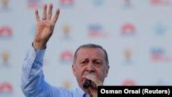 Türkiyə prezidenti R.T. Erdogan