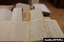 Казанга тапшырылган Гаяз Исхакый архивы документлары