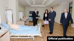 İlham Əliyev Bakıda yeni hospital açır. 12 sentyabr 2013