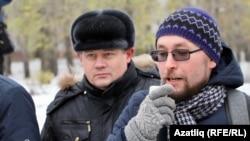 Андрей Бояршинов (справа)