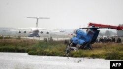 Обломки самолета ЯК-42 возле аэропорта Туношна