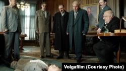 Кадар зь фільма «Сьмерць Сталіна»
