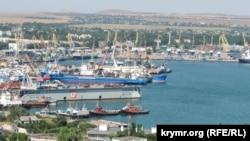 Keriç deñiz ticaret limanı