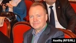 Миңнәхмәт Хәлиуллов Дөнья татар конгрессының V корылтаенда, 7 декабрь 2012
