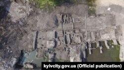 КМДА: під час робіт на Подолі зібрана велику колекцію археологічних матеріалів ХІІ–ХІХ століть