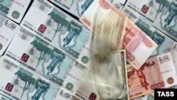 ЦБ вновь вынужден сдерживать укрепление рубля