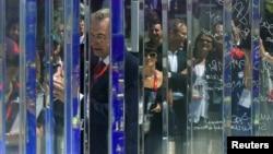 Президент МОК Жак Рогге в ходе церемонии памяти 11 израильских спортсменов, погибших от рук террористов в Мюнхене в ходе Олимпийских игр 1972 года. Лондон, 23 июля 2012 года.