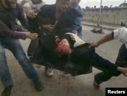 اعتراضات عمدتا مسالمتآمیز اولیه علیه اسد به شدت سرکوب شدند