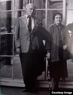 Sviatoslav Richter & Nina Dorleac la Rolandseck (detaliu) [Foto: Camillo Fischer/Stadtarchiv Bonn, by courtesy)