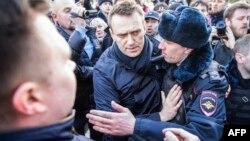 Բողոքի ցույցեր, զանգվածային ձերբակալություններ Մոսկվայում և Ռուսաստանի այլ քաղաքներում