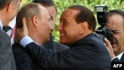 Путін і Берлусконі, архівне фото, 2009 рік