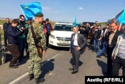 Мустафа Джемілєв намагається потрапити до Криму 3 травня 2014