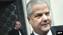 Rumıniyanın keçmiş Baş naziri Adrian Nastase.