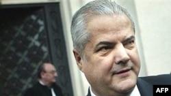 Румынияның бұрынғы премьер-министрі Адриян Настаси.