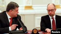 Петро Порошенко и Арсениј Јацењук