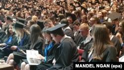 Studenți de la Universitatea de Medicină