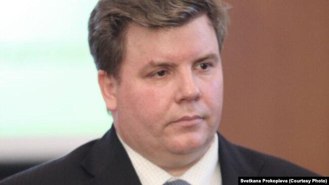 Начальник управления образования Псковской области Александр Седунов