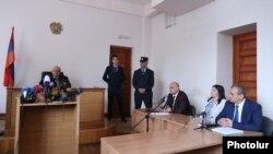 Նազիկ Ամիրյանին առնչվող գործով դատական նիստ, արխիվային լուսանկար