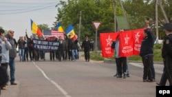 Manifestații pro și anti NATO în apropiere de Sculeni, 2 mai 2016