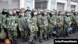 Сотрудники министерства внутренних дел Грузии оцепили здание Группы российских войск в Закавказье