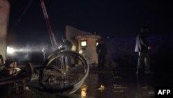 Пошкоджені вибухом ворота комплексу урядових будівель, Кабул, вечір 10 січня 2017 року