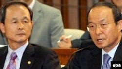 سان مین سون (راست) گفت که تمایل کشورهایی مثل کره شمالی و ایران برعکس است.