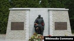Пам'ятник «Бронзовий солдат» у Таллінні