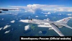 В небе над Крымом прошли совместные учения морской авиации Черноморского флота и Северного флота России