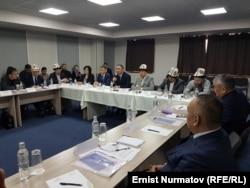 Медреседеги билим берүүнү талкуулаган Бишкектеги жыйын, 27-март.