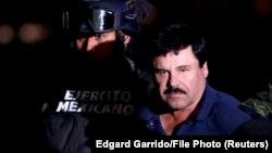 Хаакін Гусман («Эль Чапа») пад канвоем у Мэксыцы, архіўнае фота